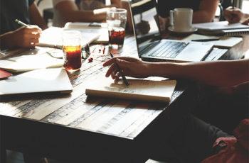 5 idéias de Negócios para Ganhar Dinheiro Trabalhando em Casa